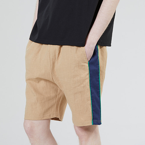 [MOTIVESTREET]LINEN SIDE SHORTS BEIGE