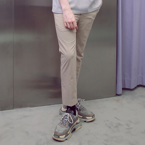 [언아웃핏] UNISEX TAPERED SIDE BANDING SLACKS BEIGE