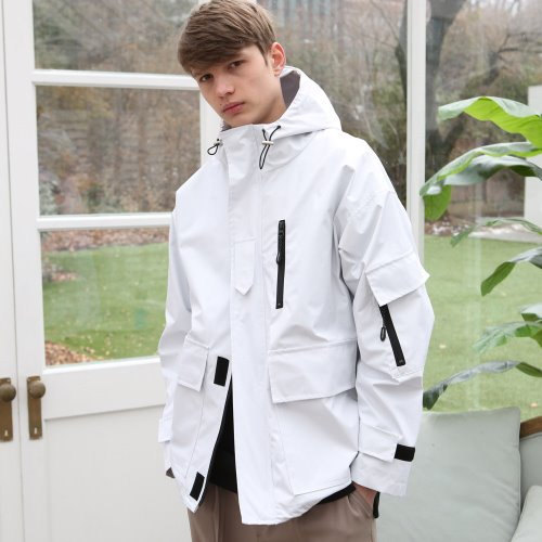 [언아웃핏] UNISEX TECH WINDBREAKER WHITE