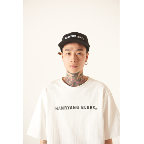 [TLEYOUNG] 19ss 베이직 로고 하프 티 (White)