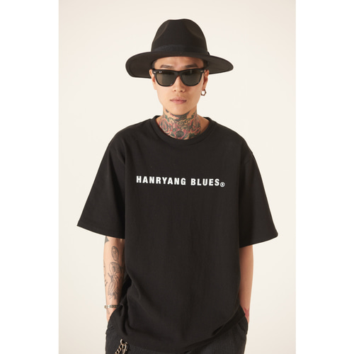 [TLEYOUNG] 19ss 베이직 로고 하프 티 (Black)