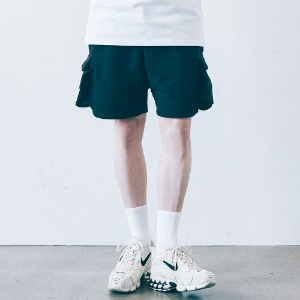 [필이너프] SOLID POCKET SHORTS - BK